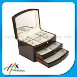 Boîte à bijoux classique en laiton brillant classique avec doublure en velours