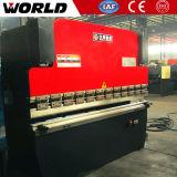 200 toneladas de máquina de dobra hidráulica do CNC com 3 medidores de tabela