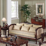 Sofà classico del salone con tessuto e legno per la casa