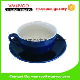 Multi Farbe glasig-glänzendes keramisches Cup-und Saucer-Kaffee-Set auf Großverkauf