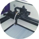 Автоматическая располагая швейная машина автомата для резки ярлыка