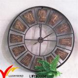 美しいレトロ型の産業無作法な円形のDeocritiveの金属の壁の装飾のクロック