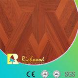 Haushalt12.3mm Woodgrain-Beschaffenheits-Walnuss wuchs umrandeten Laminbate Fußboden ein