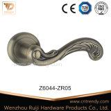 Ручка рукоятки двери Antique-Латуни европейская классицистическая в Fishtail сделала по образцу (Z6251-ZR11)
