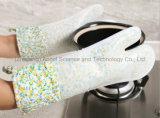 2016 более длинняя и более толщиная перчатка выпечки силикона, перчатка Sg17 микроволновой печи