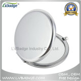 Espelho Pocket cosmético da composição em branco