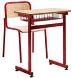 Escritorio del estudiante de la escuela y muebles de la silla
