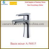 Faucet de água sanitário da bacia do banheiro do cromo dos mercadorias do Ce