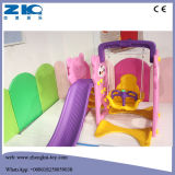 Скольжение крытой цветастой безопасности пластичное с качанием для детей