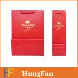 Bolso negro o rojo del regalo del papel del triunfo de la impresión con el sellado caliente