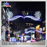 Belles vacances DEL à travers des réverbères de décoration de motif de Noël