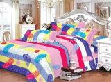 多または綿によって印刷される対の合われたベッドカバーのパッチワークの寝具セット