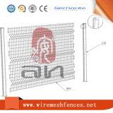 3D изогнуло сваренную загородку панели ячеистой сети