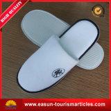 ホテルのスリッパの使い捨て可能な靴のスリッパのワッフルのスリッパ、安い飛行機のスリッパ