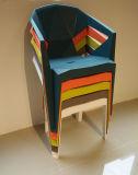 屋内および屋外の使用A001のためのA001完全なプラスチック椅子
