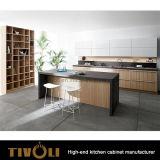 開架および水晶ベンチの上Tivo-0212hとの張り合わせられた積層の台所デザイン