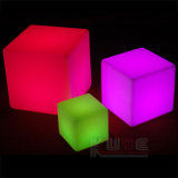 Indicatore luminoso di luna cambiante della presidenza del LED del cubo di colore ricaricabile della presidenza