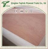 3mmは赤い堅材によって直面される層木3つの層のポプラのコア価格を広げる