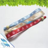 Wristbands del raso di prezzi bassi del regalo dell'omaggio con la serratura scorrevole dentellare