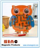 Labyrinthe magnétique en bois animal pour les jouets éducatifs