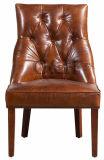 型の快適な木の食事の椅子