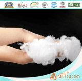 100%年の綿の代わりとなる慰める人を満たす極度の柔らかいポリエステル