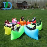 Newestly buntes aufblasbares Luft-Sofa für das im Freienreisen