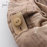O algodão 100% caçoa Shorts dos meninos na venda da roupa dos miúdos