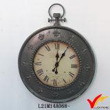 金属大きい円形の旧式なフランス型の柱時計