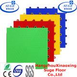 Carrelage de plancher en plastique à entrelacement intérieur