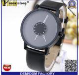 Caixa de aço inoxidável unisex do relógio de quartzo de Yxl-718 Paidu Japão com a faixa de couro do plutônio