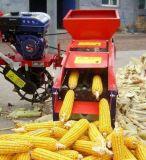 Peau de maïs et machine de batteuse