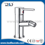 Wand Mount Bath Shower Faucet mit Chrome Finish Single Handle