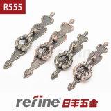 Poignée en alliage de zinc de matériel de meubles (R-555)