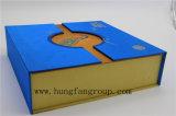 rectángulo de regalo de papel de la manera con efecto que graba