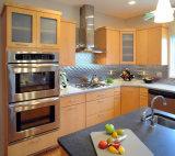 A mobília da cozinha personalizou inteiramente os gabinetes de cozinha de madeira da madeira contínua de estilo de país do projeto tradicional da cozinha