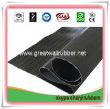 Breites gewelltes Gummiblatt Gw3008/Gummimatte mit EU, ISO9001, Reichweite-Bescheinigungen
