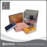 Macchina di imballaggio con involucro termocontrattile per la casella