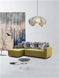 Wohnzimmer-Sofa stellte mit Speicherung ein