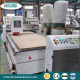 アルミニウムのための1600kg CNCのルーター機械