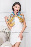 L'impression chinoise de Digitals conçoivent l'écharpe en fonction du client de soie de femmes