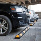 黄色い反射鏡が付いているゴム製車の駐車安全車輪ストッパー