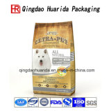 De Zak die van het Pakket van het Voedsel voor huisdieren Zak met de Zak van de Ritssluiting opstaan