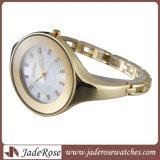 Grande relógio contratante forma do bracelete do seletor para a senhora