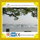 Fontaine musicale symétrique de lac fountain d'eau de danse
