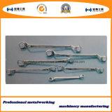 L печатает ключи на машинке с инструментом оборудования отверстия
