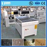 小型の柔らかい金属木切断CNCのルーターの切口機械