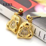 ゴールド・トーンの水晶中心の吊り下げ式のネックレス及びイヤリングの合金の方法宝石類セット