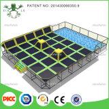 Xiaofeixia a personnalisé parc d'intérieur commercial de tremplin de rebond le grand