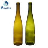 bottiglia di vetro verde antica del vino rosso 750ml con bella stampa